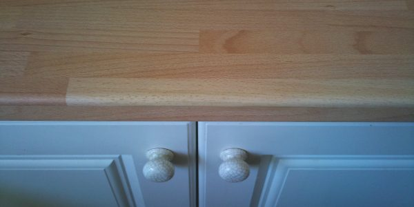 chipped worktop repairs