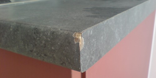 CHIPPED KITCHEN WORKTOP REPAIR BEFORE