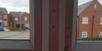 UPVC PLASTIC BEDROOM KITCHEN TOILET PATIO WINDOW FRAME SCREW HOLE SCRATCH CHIP DENT BURN REPAIR REFURBISHMENT LAND LORD MAINTENANCE SERVICE 5