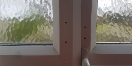 UPVC PLASTIC WINDOW FRAME SCREW HOLE SCRATCH CHIP DENT BURN REPAIR REFURBISHMENT LAND LORD MAINTENANCE SERVICE 1