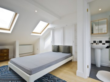 EN SUITE LOFT CONVERSION MANCHESTER