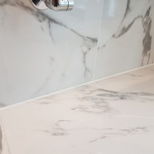 CRACKED GLOSS WALL TILE REPAIRS AFTER