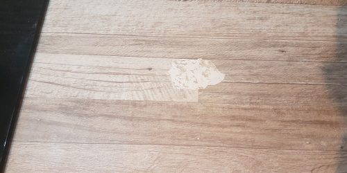 LAMINATED KITCHEN WORKTOP CHIP REPAIR BEFORE PICTURE