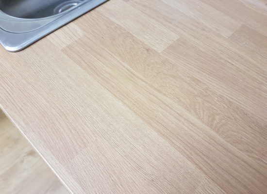 KITCHEN WORKTOP PAN BURN HEAT BLISTER CHIP SCRATCH WATER DAMAGE REPAIR MANCHESTER AFTER (1)