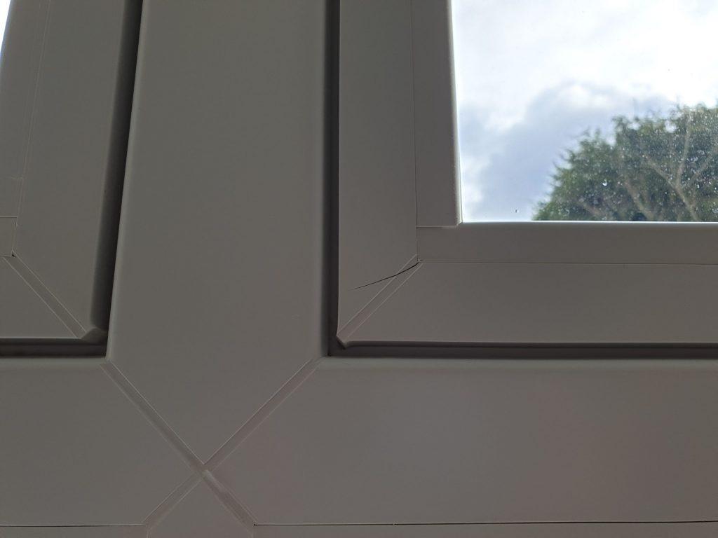CRACKED UPVC PLASTIC WINDOW FRAME REPAIR BEFORE