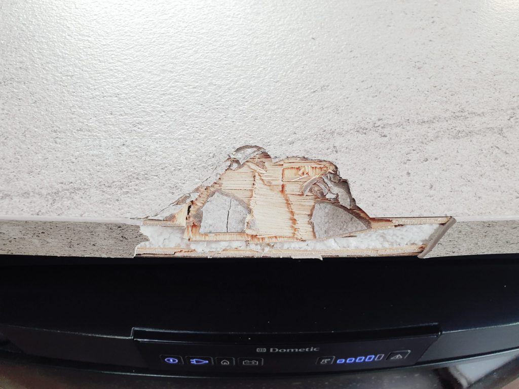 DAMAGED CARAVAN WORKTOP CHIP DENT BURN REPAIR BEFORE