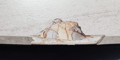DAMAGED CARAVAN WORKTOP CHIP DENT BURN REPAIR BEFORE