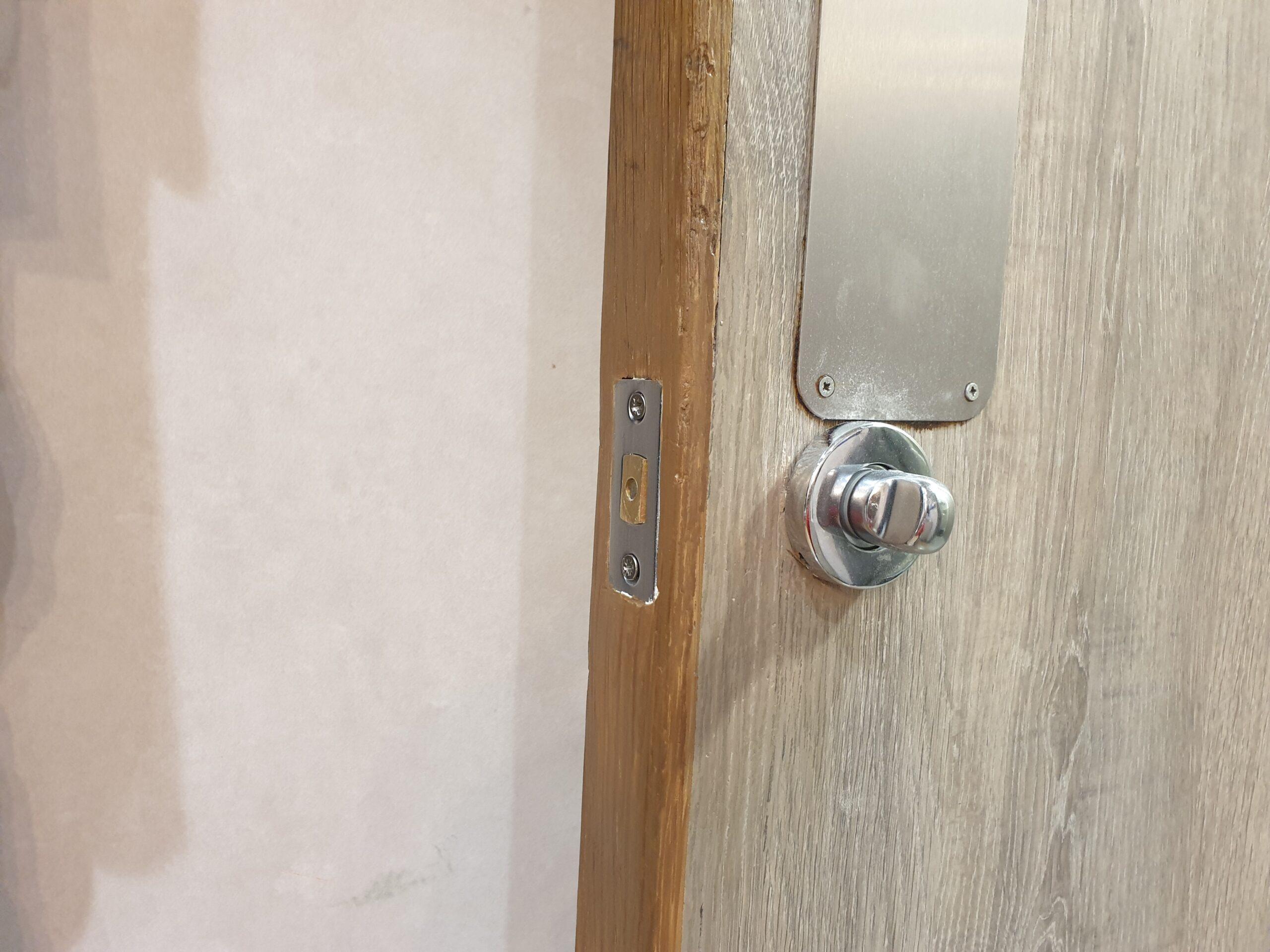 RESTURANT LAMINATE DOOR CHIP SCRATCH DENT REPAIR NAMCO REFURBS AFTER