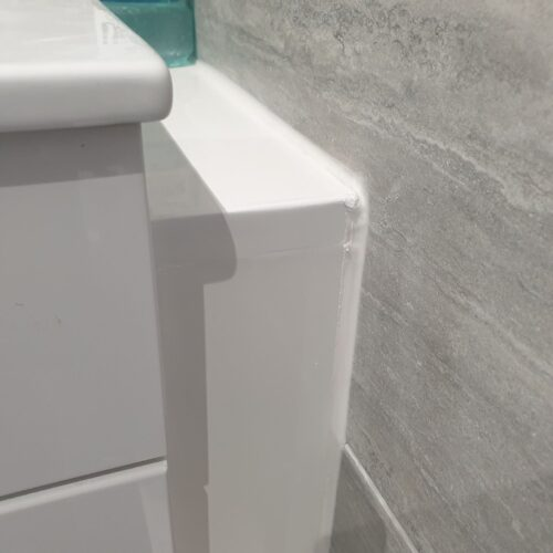 GLOSS BATHROOM CABINET CHIP SCRATCH WATER DAMAGE REPAIRS MANCHESTER AFTER