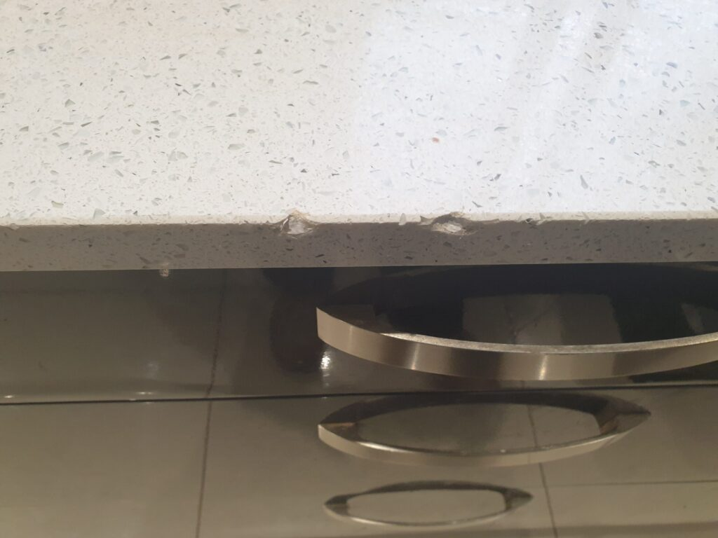 QUARTZ GRANITE WORKTOP CHIP CRACK REPAIR BEFORE