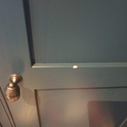 SHAKER STYLE KITCHEN CUPBOARD DOOR CHIP REPAIR BEFORE