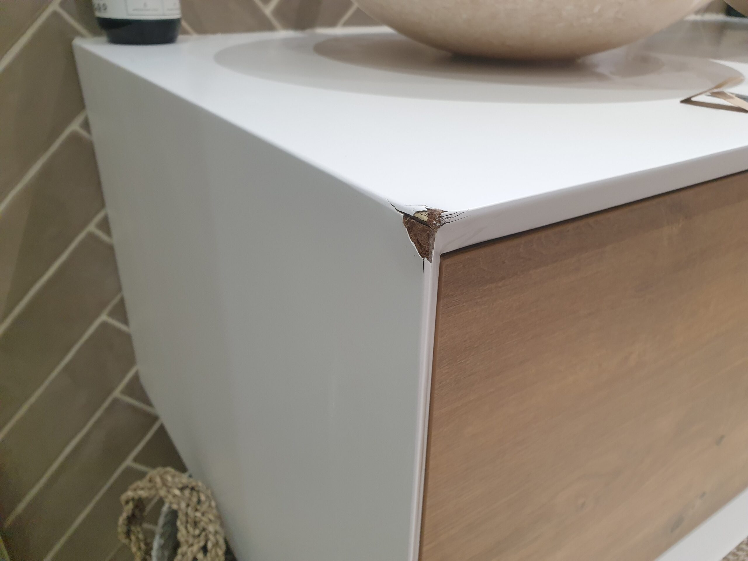 MATT WHITE BATHROOM VANITY UNIT CHIP SCRATCH DENT WATER DAMAGE REPAIR BEFORE