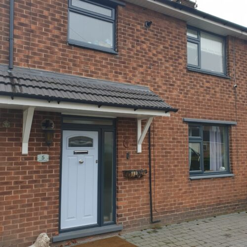 PLASTIC UPVC WINDOW DOOR FRAME COLOUR CHANGE SPRAYING MANCHESTER 1 AFTER