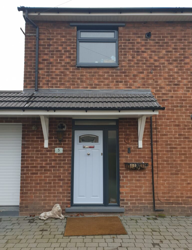 PLASTIC UPVC WINDOW DOOR FRAME COLOUR CHANGE SPRAYING MANCHESTER 3 AFTER