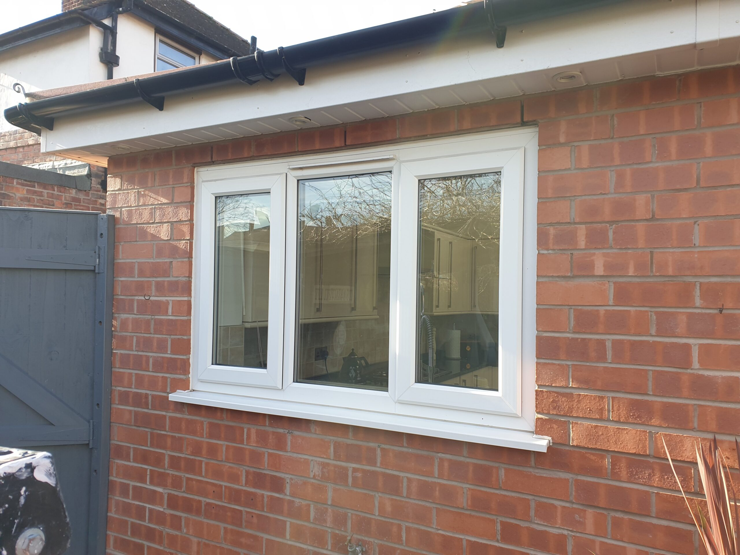 UPVC PLASTIC WINDOW DOOR FRAME SPRAYING MANCHESTER BEFORE